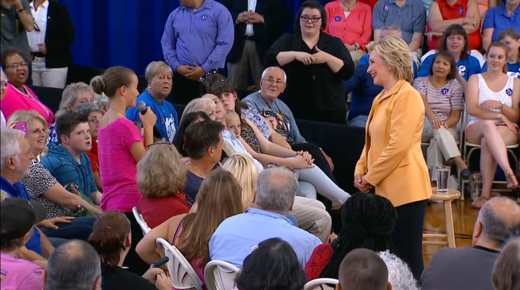 HRC_NH-townhall_sample2